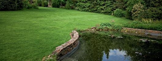 Laghetti e fontane agribrianza for Vasche preformate per laghetto