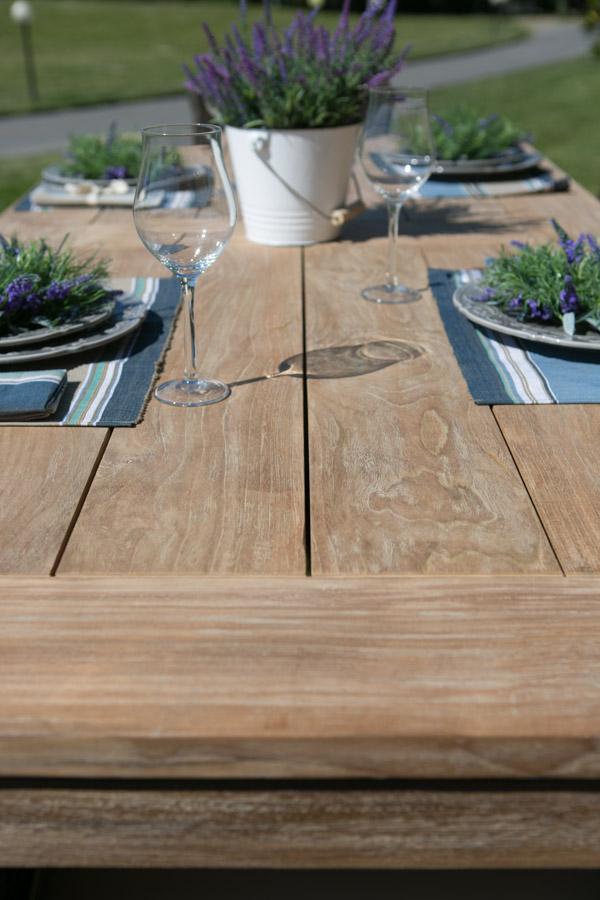Tavoli Giardinia: Allu-teak e inox-teak per pranzare all'aperto
