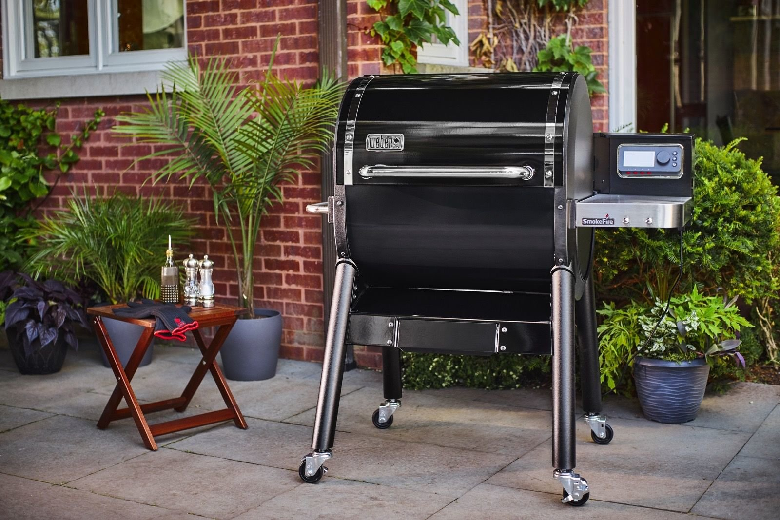 SmokeFire - il nuovo BBQ a pellet by Weber